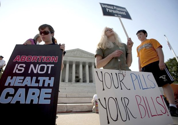 Most Evangelicals Likely to Lament Supreme Court Healthcare Ruling