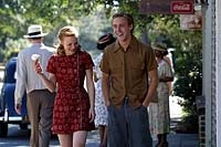 Rachel McAdams and Ryan Gosling as a young Allie and Noah