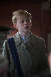 John Bell as Tomás