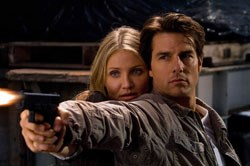 Cameron Diaz as June, Tom Cruise as Roy
