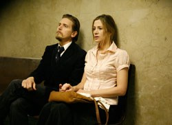 Barry Pepper as Rip, Mira Sorvino as Wendy