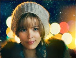 Rachel McAdams as Paige