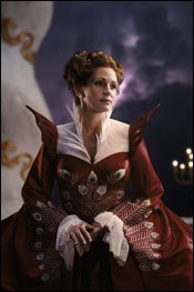 Julia Roberts as the Queen