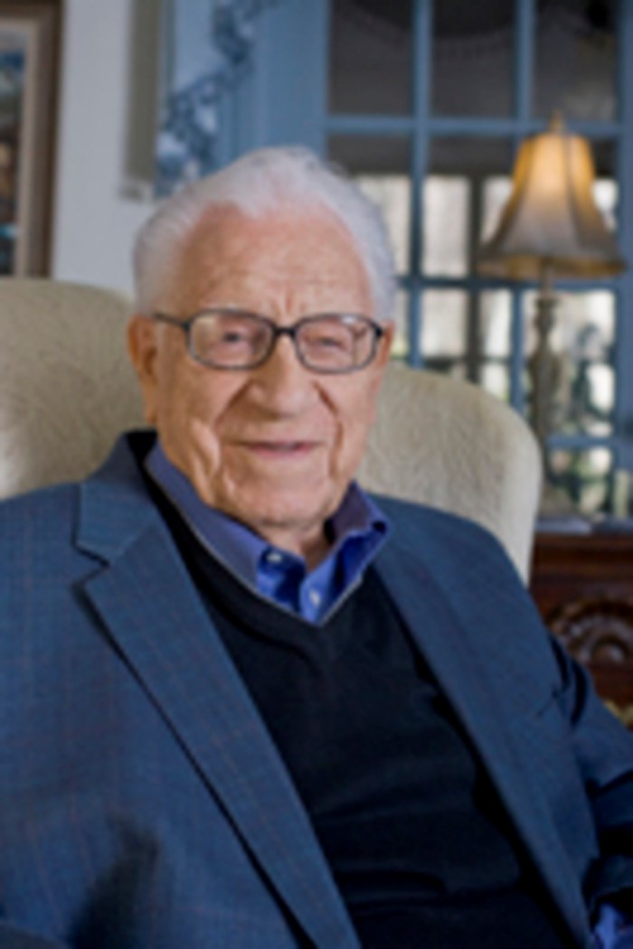 Died  George Beverly Shea  Longtime Singer at Billy Graham Crusades