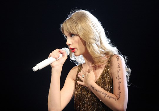 Why Do We Love to Hate Taylor Swift?