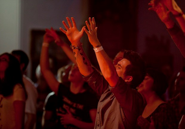 a brief overview of the charismatic movement Combating charismatic theology  i am basically going to give you a brief defense of cessationism too often the debate about the charismatic movement focuses on .