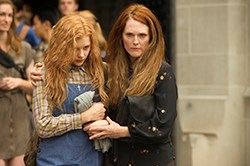 Julianne Moore & Chloe Grace Moretz in Carrie