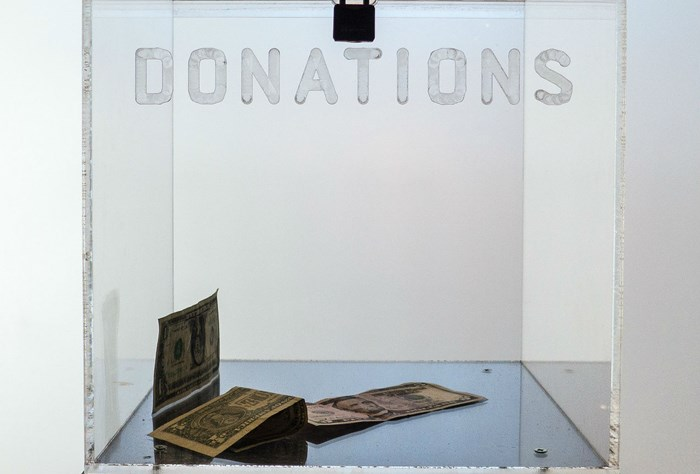 Fresh Stats on Where Evangelicals Donate Their Dollars (and Who's Winning)