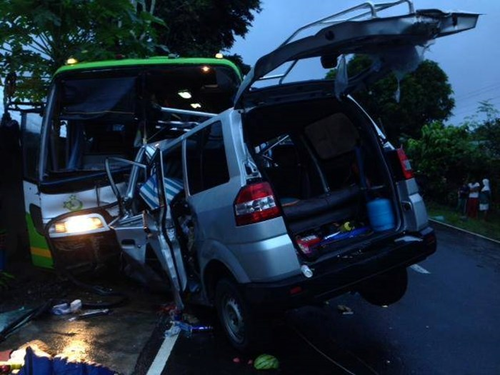 Five Pastors Killed in Crash Following post-Haiyan Outreach