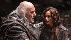 Leo Carroll and Anthony Hopkins in 'Noah'