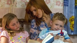"Lane Styles, Kelly Reilly, and Connor Corum in ""Heaven Is For Real"""
