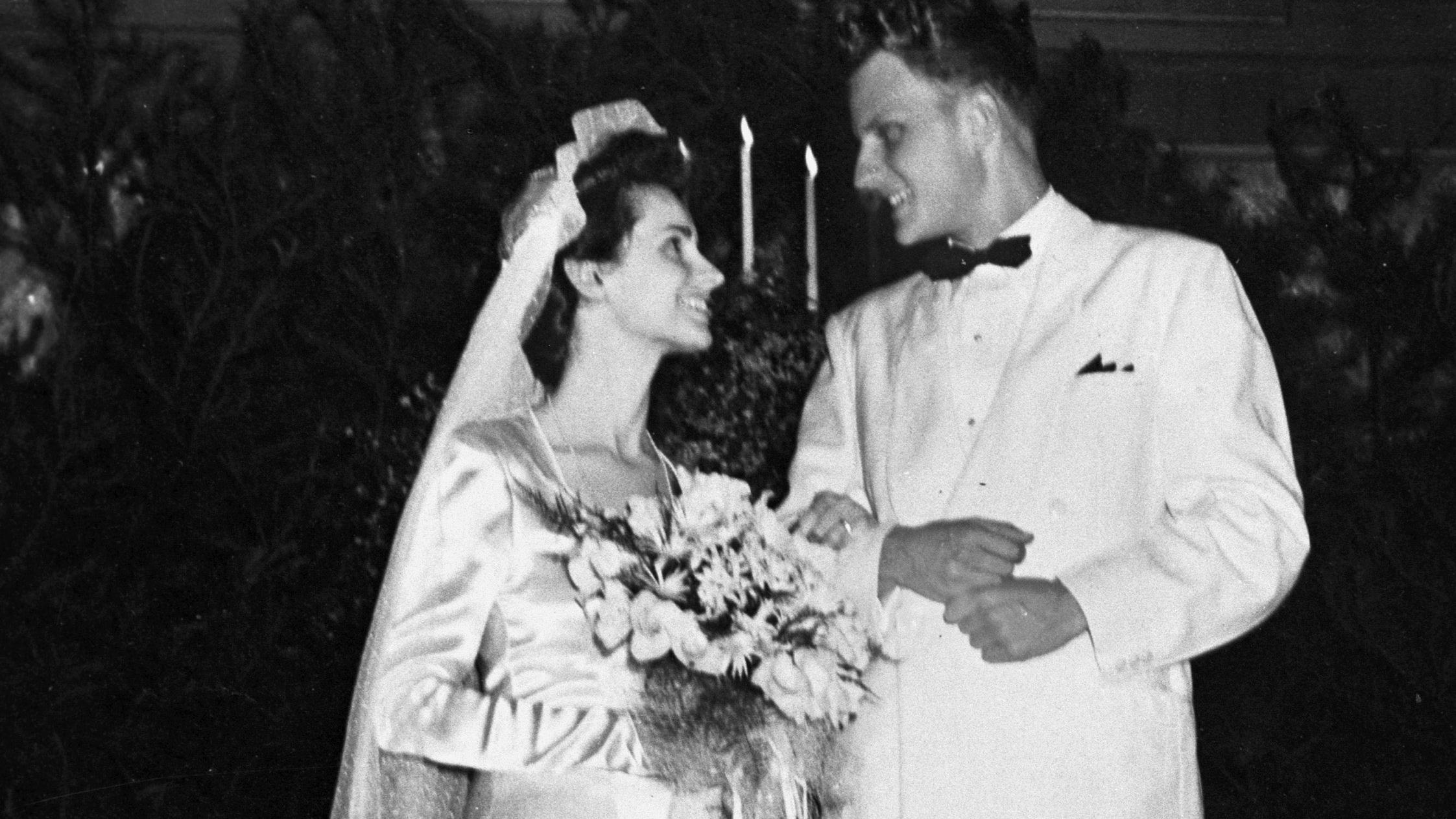 Ruth và Billy làm đám cưới năm 1943