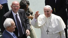 Pope Francis Apologizes for Pentecostal Persecution, But Italy's Evangelicals Remain Wary