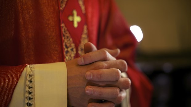 Evangelicals and Catholics: Let's Celebrate Our Similarities