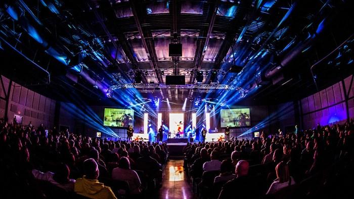 70,000 Worshipers Dump TV for Church
