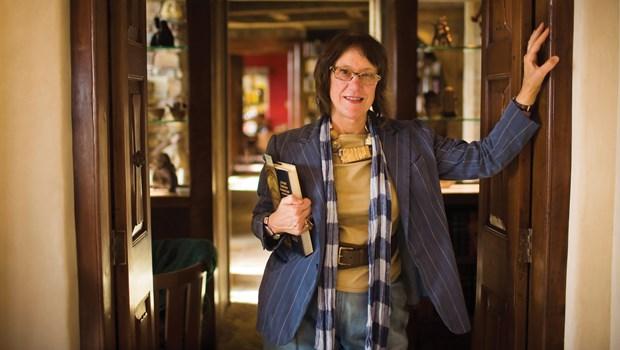 Connoisseur for Christ: Roberta Green Ahmanson