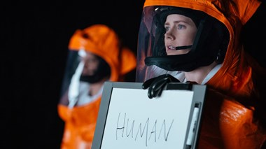 "Arrival's Terrifying Vision of a Global ""Unfriending"""