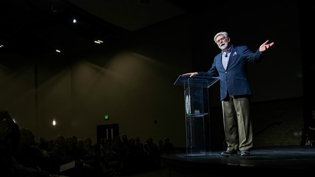 Only 1 in 7 Senior Pastors Is Under 40