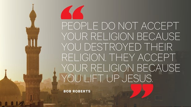 Yes, Christians Can Love Jesus and Their Muslim Neighbors Honorably