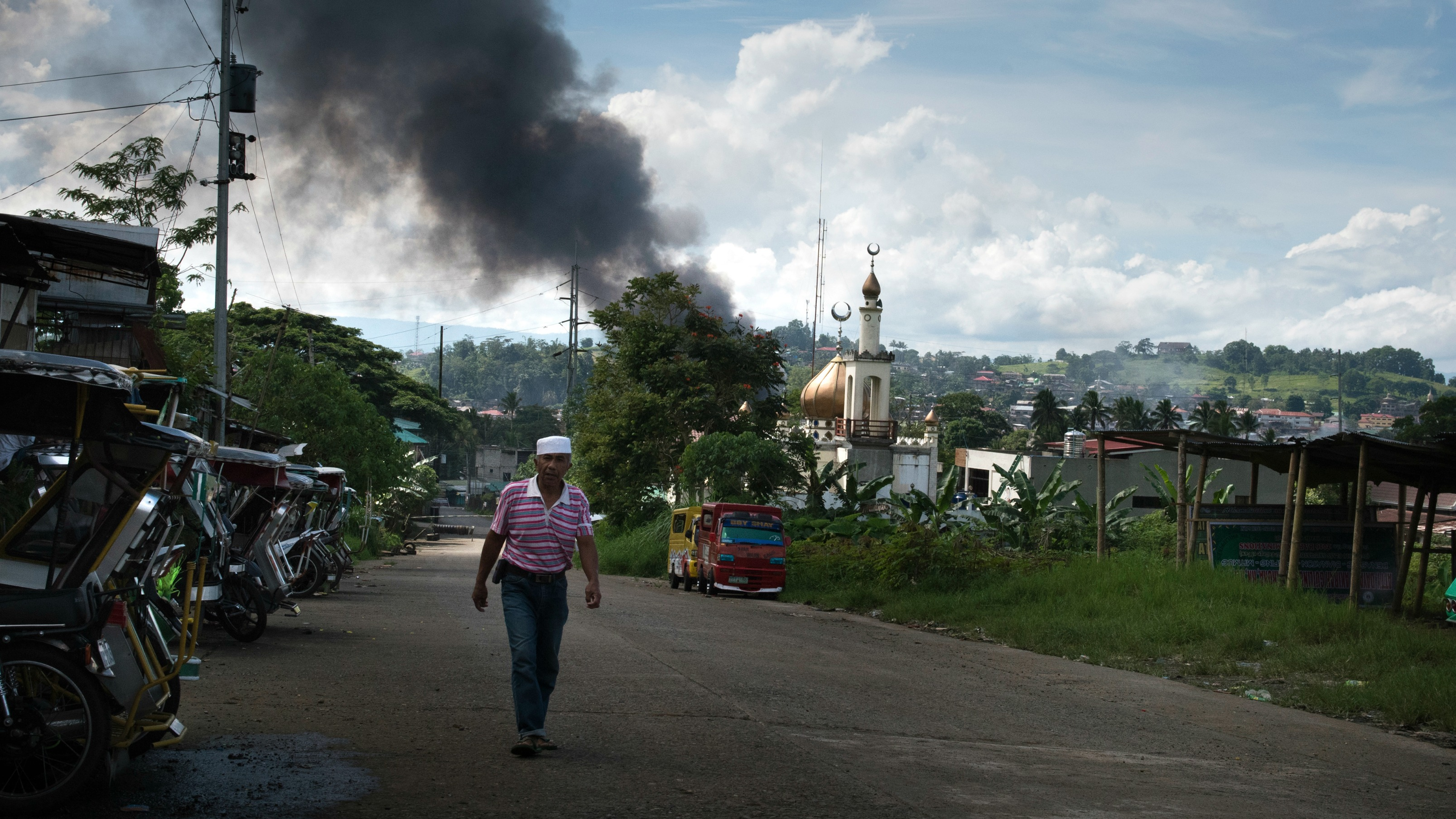 Battle for Marawi resumes after 4-hour lull; 179 freed
