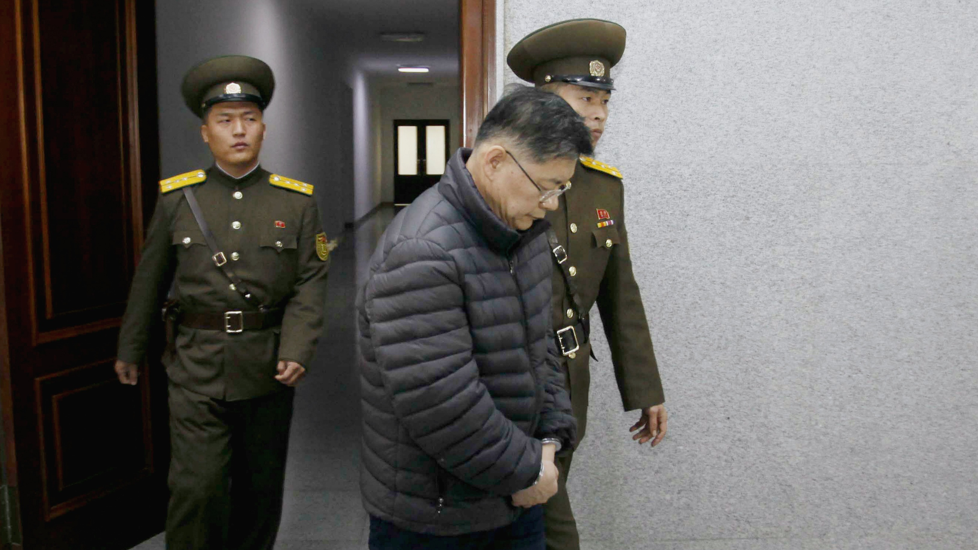 North Korea releases imprisoned Canadian pastor on 'sick bail'