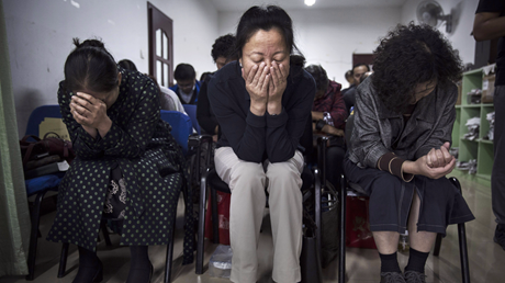 Chinese House Church Leaders and Toddler Arrested After Singing in Public Park