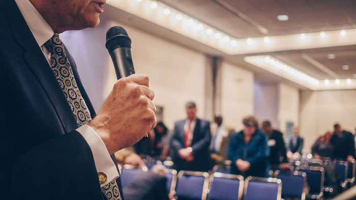 Many Churchgoers Don't Know If Their Pastor Is a Republican or Democrat