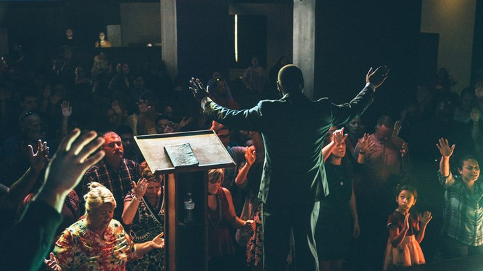 More Multiracial Churches Led by Black, Hispanic Pastors