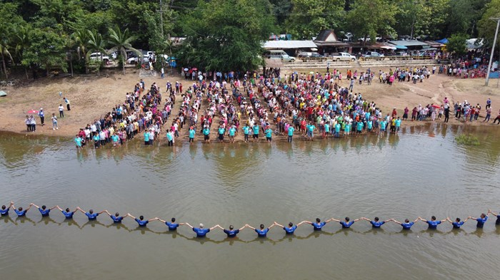 Thai Church Holds Record-Breaking Baptism Despite COVID-19