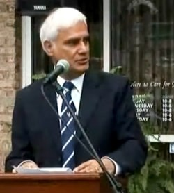 Ravi Zacharias's Ministry Investigates Claims of Sexual Misconduct at Spas  | News & Reporting | Christianity Today