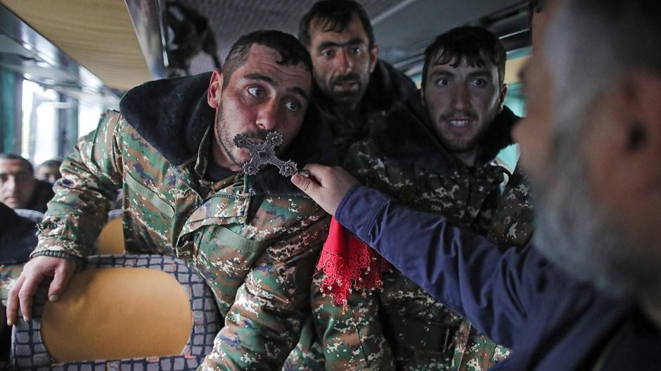 Les Arméniens se battent pour détenir une ancienne patrie en Azerbaïdjan