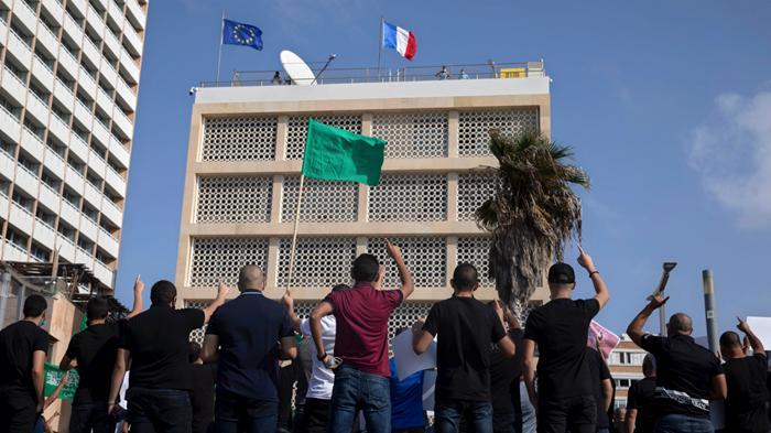 حرية التعبير في فرنسا تثير ارتباك المسيحيين العرب