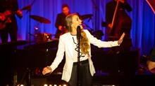 Lauren Daigle's Christmas Cheer Doesn't Pause for a Pandemic