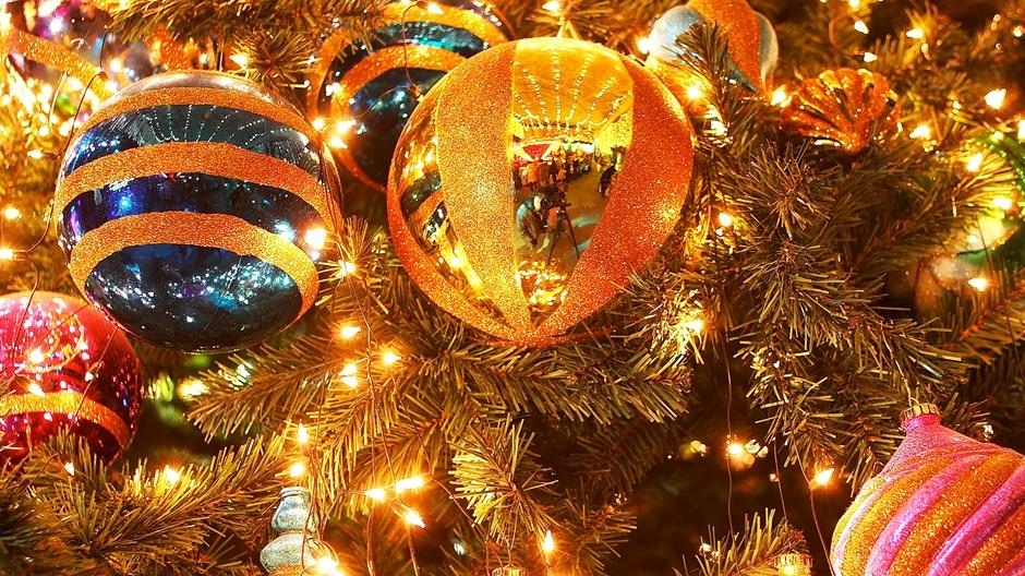 为什么我们要摆设圣诞树?