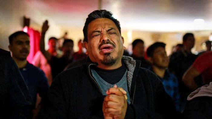 Censo mexicano 2020: los evangélicos alcanzaron un nuevo máximo; los católicos un nuevo mínimo