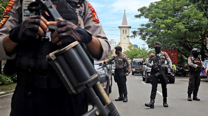 Terrorists Target Palm Sunday Church Service in Indonesia