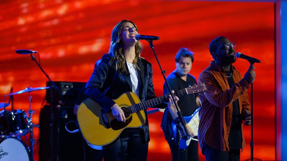 When Do the Latest Hillsong and Bethel Hits Belong in Your Sunday Lineups?