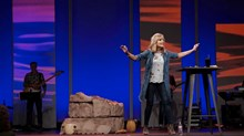 Beth Moore Mengatakan Dia Bukan Lagi Baptis Selatan