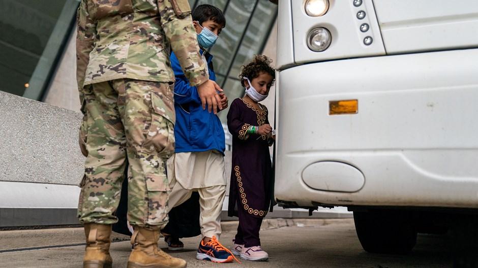 Deixai vir a mim os refugiados afegãos