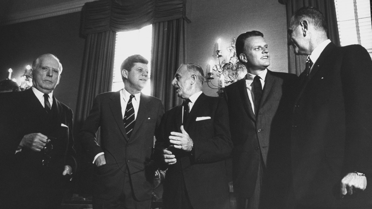 Billy in the Oval Office: A Story of Faith, Friendship, and Temptation | Billy  Graham Special Issue | Christianity Today