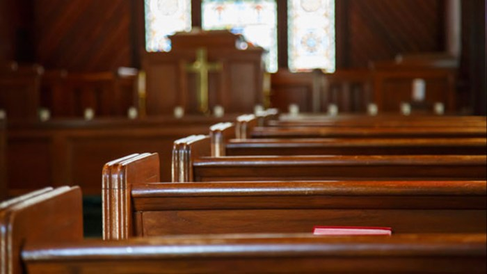 Church Decline Parallels Decline of the Middle Class