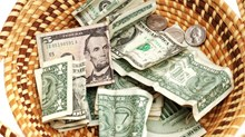 US Churches Receive Less Trust Yet More Money Than Ever