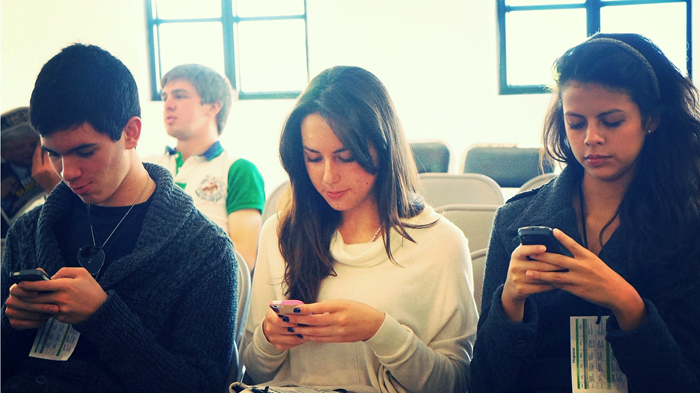 Are Smartphones Making Christianity Too Convenient?