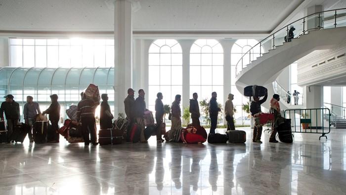 Canceled Flights: New Policies Threaten Settlement Agencies