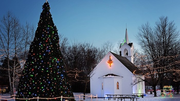 What Is Church Attendance Like During Christmastime? New Data From LifeWay Research