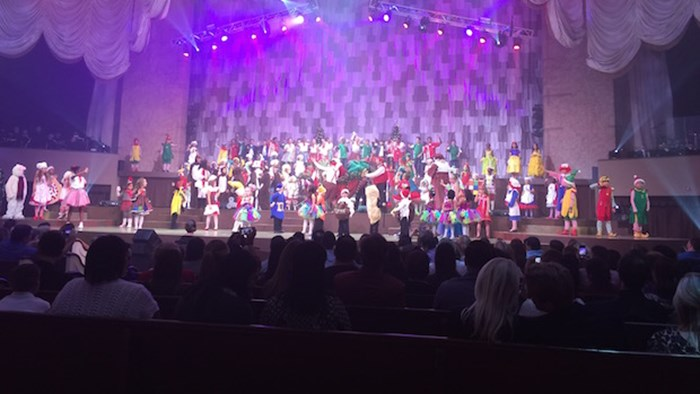 I Recently Went to a Full-Blown Christmas Pageant for the First Time—Here's What I Thought