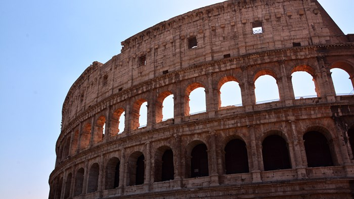 christianity as a way of life during the roman empire rule The roman empire was one of the greatest civilizations in history it began in rome in 753 bc rome controlled over two million square miles stretching from the rhine river to egypt and from britain to asia minor.
