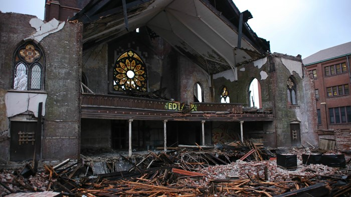 Governing God's House: How 500 Churches Keep from Collapsing