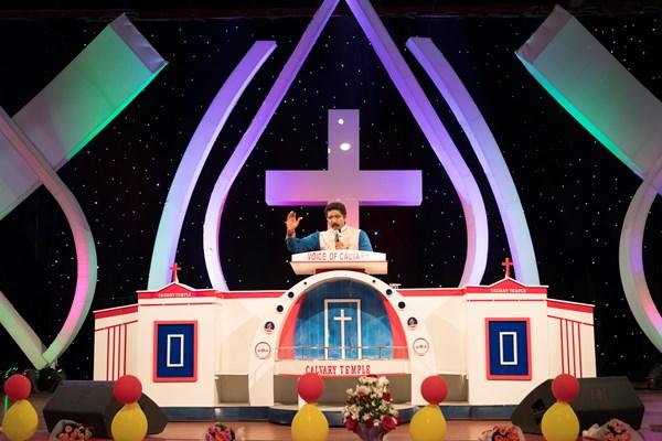 Pastor Satish Kumar preaches at Calvary Temple.
