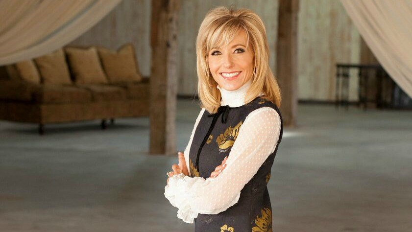Beth Moore: I Found God in 'Deep Valleys and Difficulties'